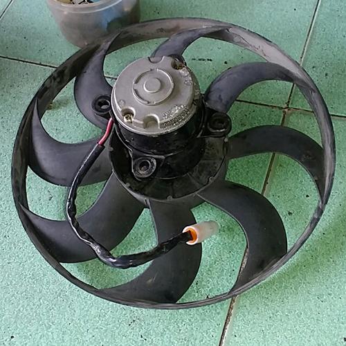 Mô tơ quạt xe khách/24V (4 tai)