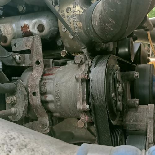 Máy nén khí xe Cascadia/709